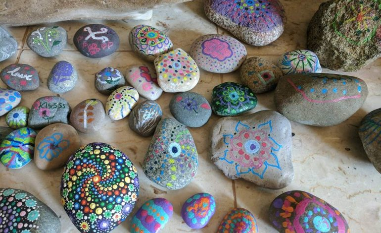 40 rocks for 40 days – Granddaughters' Hope for their Grandparents' freedom